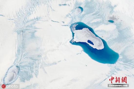 格陵蘭冰蓋融成瀑布? 恐加快海平面上升