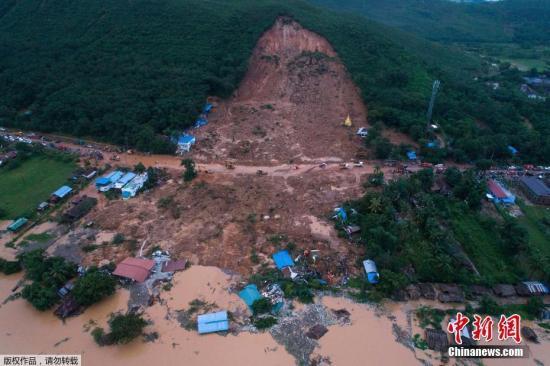缅甸山体滑坡已导致52人死 约2.5万人仍无家可归