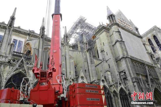 巴黎圣母院修复工作仍在继续 200年来首次不举行圣诞弥撒