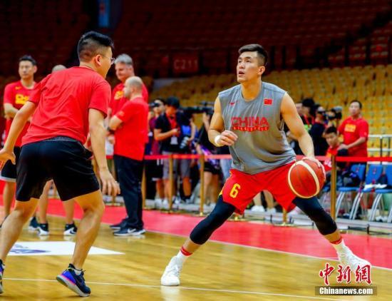 世界杯前热身赛:中国男篮3分惜