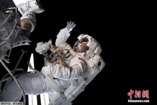 他是首位在太空行走的人类!俄宇航员列昂诺夫逝世