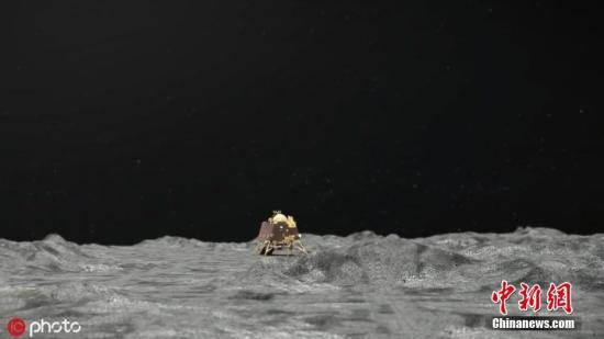 """当地时间9月8日,印度空间研究组织(ISRO)发布未注明日期的""""月船2号""""登陆器""""维克拉姆""""号登陆的模拟图片。据外媒9月8日报道,印度空间研究组织称,在Chandrayaan 2号轨道飞行器的帮助下,发现了""""维克拉姆""""号登陆器在月球上的确切位置。据悉,当地时间7日凌晨,""""维克拉姆""""号曾在月球南极软着陆时地面控制中心失联。有天文学家表示,根据无线电望远镜的数据,相信登陆器已经坠毁。图片来源:ICphoto"""