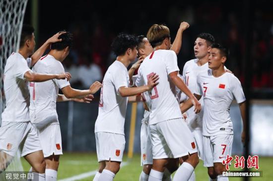 以一场大胜取得开门红,国足将会更有底气的面对接下来的比赛。图片来源:视觉中国
