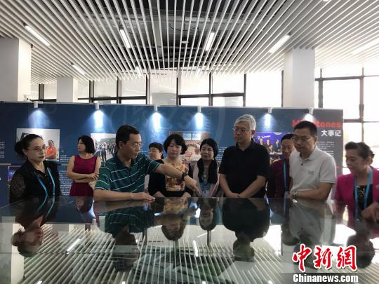 24家海外华文媒体赴云南感知中国边疆地区70年发展变化