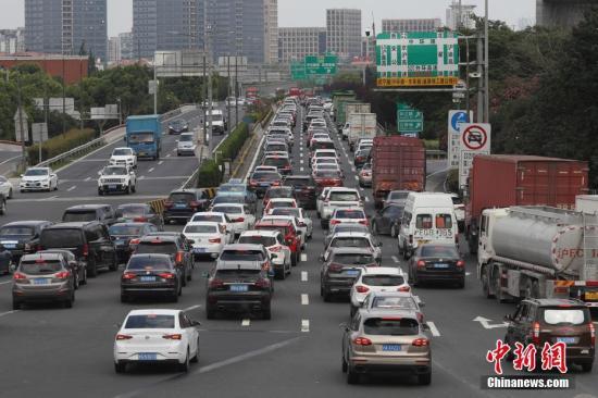 公安部:国庆长假前四天全国道路交通安全形势平稳