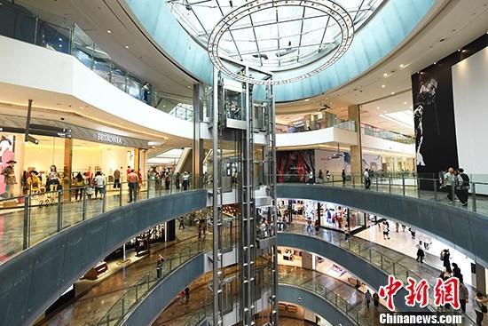 前6月社会消费品零售总额达17.23万亿 同比降11.4%