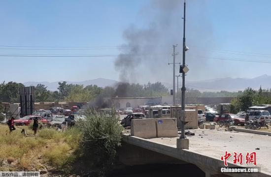 <b>阿富汗选举日难迎和平:爆炸频发数十伤 民众投票率低</b>