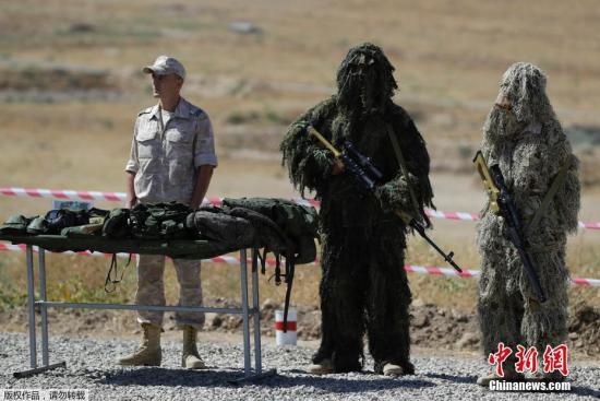 """当地时间9月18日,塔吉克斯坦杜尚别附近,俄军""""中央-2019""""战略演习在塔吉克斯坦杜尚别以南40公里的Lyaur靶场举行。"""
