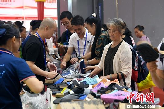 <b>观察:抵御外贸风险 中国企业看好东盟</b>