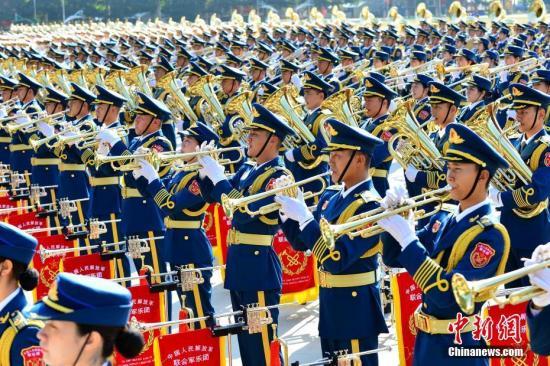 今年10月1日,庆祝中华人民共和国成立70周年大会将在北京天安门广场隆重举行,庆祝大会后将举行盛大的阅兵式和群众游行。中新社发 孙晓萌 摄