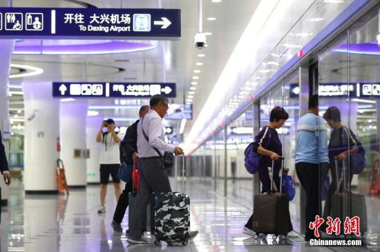 """北京今年15条轨道交通线路在建 逐步实现""""轨道上的职住平衡"""""""