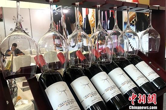 """1400欧元葡萄酒""""降""""至20欧元?法顾客换标签被识破"""