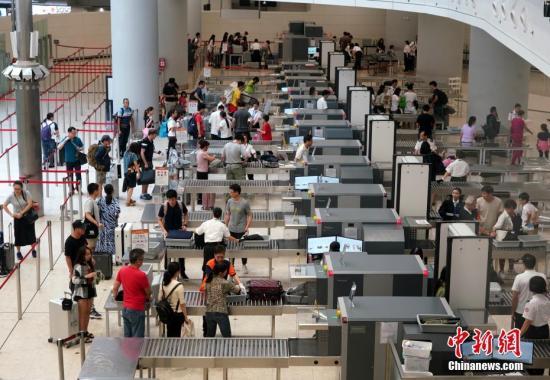 中国国家移民管理局建议内地居民合理安排出国出境时间
