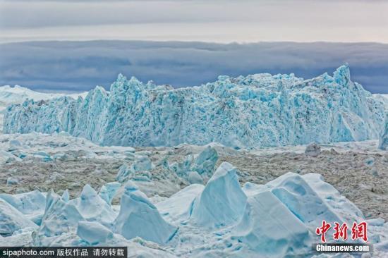 格陵兰岛西海岸的冰川。图片来源:Sipaphoto 版权作品 禁止转载
