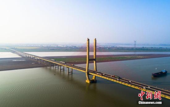 江西79个县(市、区)之间签订上下游横向生态保护补偿协议