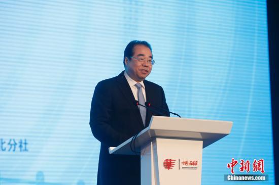 中间统战部副部少、国务院侨办主任许又声列席第十届全国华文传媒论坛闭幕式并致辞。韩海丹 摄