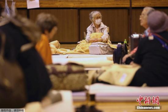 """日本政府将指定台风""""海贝思""""为""""特定"""