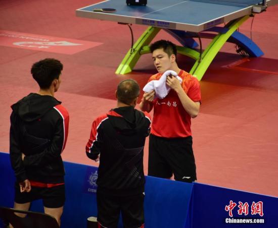 樊振东领衔中国乒乓男团胜希腊队获开门红