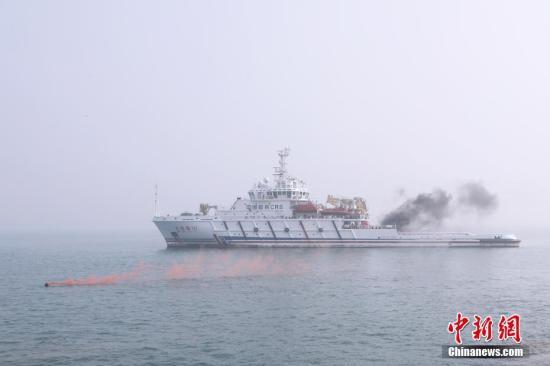 资料图:交通运输部救捞系统专项应急保障演练。刘飞 摄