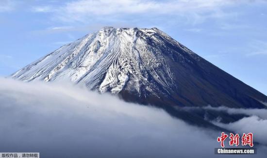 忧疫情扩散 日本静冈县宣布富士山登山道夏季不开放图片
