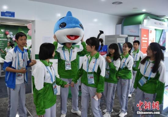 第七届世界军人运动会志愿者。<a target='_blank' href='http://www.chinanews.com/'>中新社</a>记者 侯宇 摄