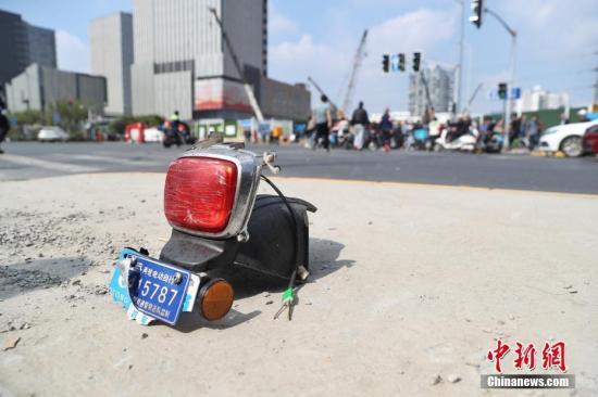 上海普陀区发生一起交通事故 已造成2死12伤