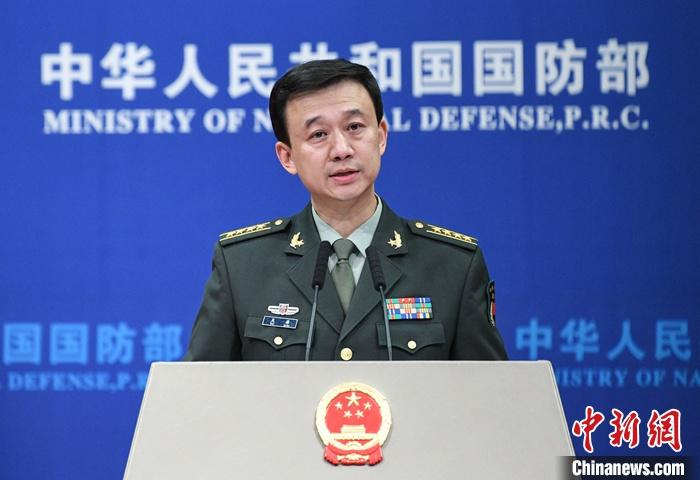 10月31日,中国国防部在北京举行例行记者会,国防部新闻局局长、国防部新闻发言人吴谦大校答记者问。<a target='_blank' href='http://www.chinanews.com/'>中新社</a>记者 崔楠 摄