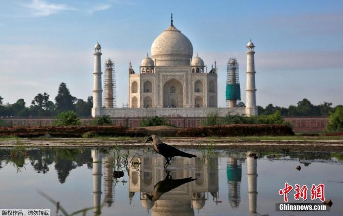 印度泰姬陵遭雷暴重击 部分建筑损毁