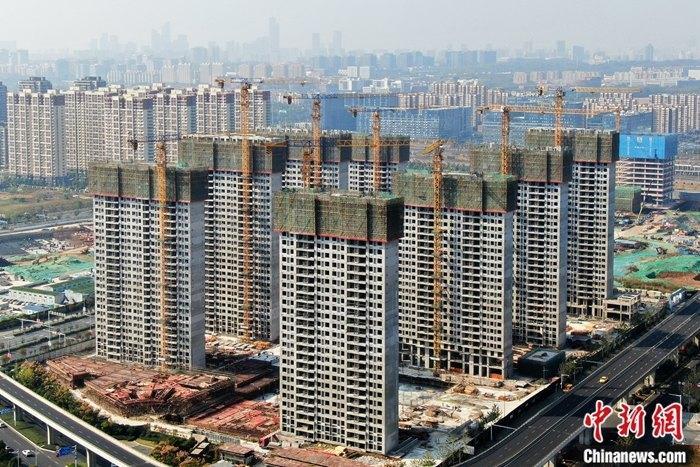 31省份前11月房地產開發投資排行榜:17地增速超全國