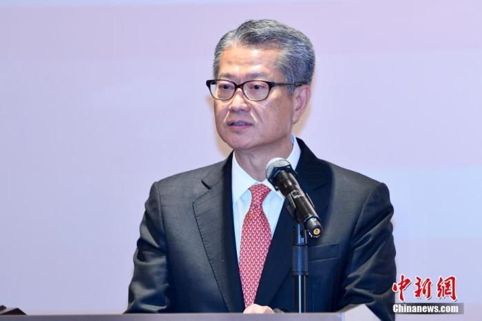 香港特区财政司司长:预计2019年经济增长为负1.3%