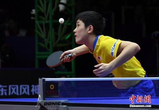 日本选手张本智和在比赛中。安源 摄