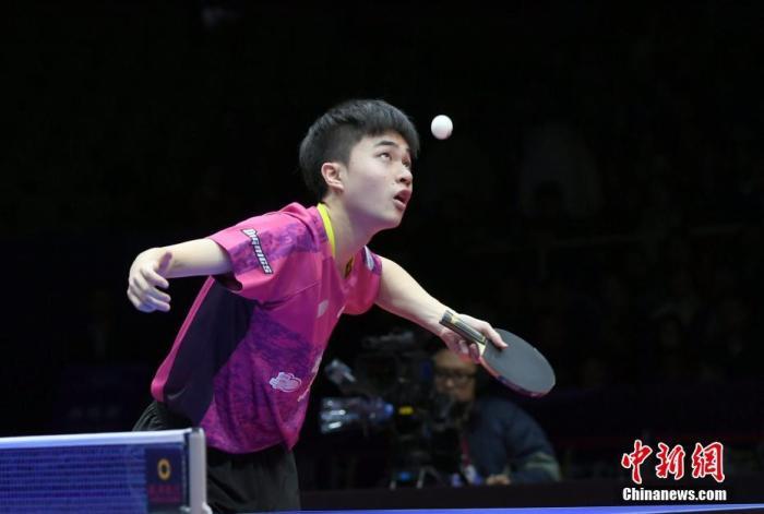 中国台北选手林昀儒在比赛中。安源 摄