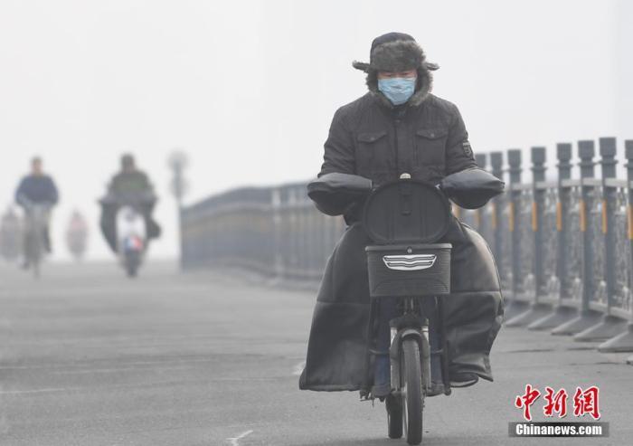 华北南部黄淮等地有雾霾 新疆西藏等地有降雪 作者: 来源:中国新闻网
