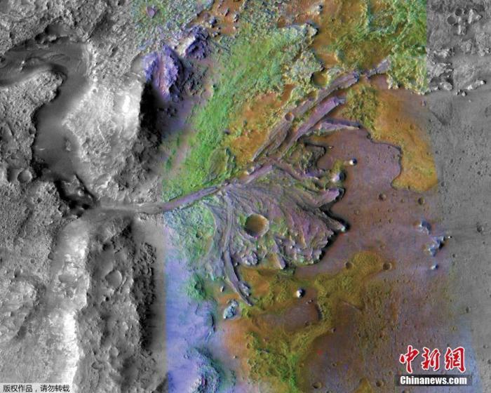 图为由水和沉积物形成的杰泽罗陨石坑。(资料图)