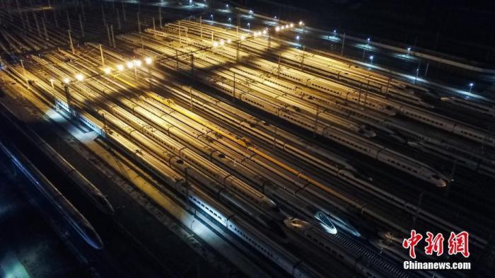 资料图:铁路。中新社记者 瞿宏伦 摄