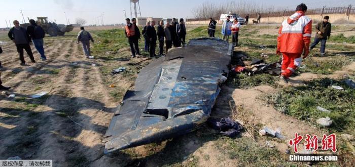 乌克兰国际航空公司一架波音737-800客机8日早晨从德黑兰霍梅尼国际机场起飞前往乌首都基辅,但起飞后不久坠毁,机上167名乘客和9名机组人员无一生还。