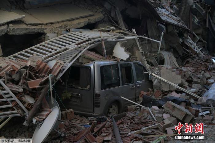 土耳其强震死亡人数升至38人 救援工作仍