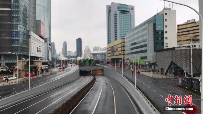 资料图:疫情期间的武汉街道。 <a target='_blank' href='http://www.chinanews.com/'>中新社</a>记者 邹浩 摄