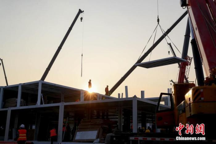"""專家:武漢火神山和雷神山醫院建設標準高于""""小湯山"""""""