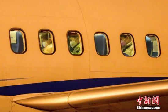 民航局:飞机上采取分散乘坐等措施,减少传播风险