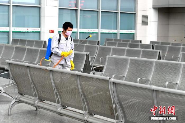 2月3日全国铁路发送旅客150万人次客流下降逾八成