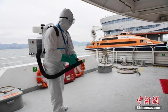 交通运输部:高风险地区严格做好疫情防控 客船载客率不超过50%