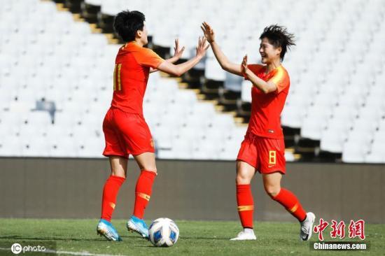 2月10日下午,女足奥预赛中,中国女足5:0大胜中国台北女足,提前一轮小组出线。接下来,中国女足将在小组赛末轮对阵澳大利亚女足,此后的附加赛中将对阵韩国或越南女足,胜者进军东京奥运会。