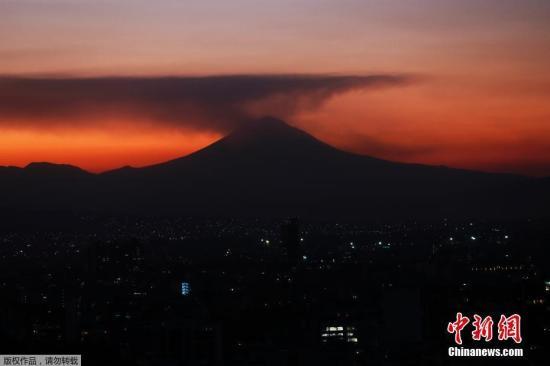 通古拉瓦火山西翼在变形?研究:存在倒塌可能