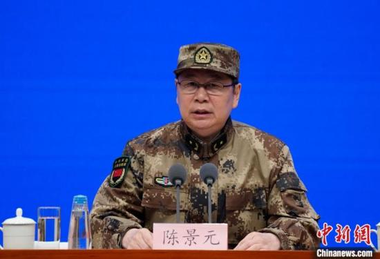 """军队派出逾4000名医护人员驰援武汉目前""""零感染"""""""
