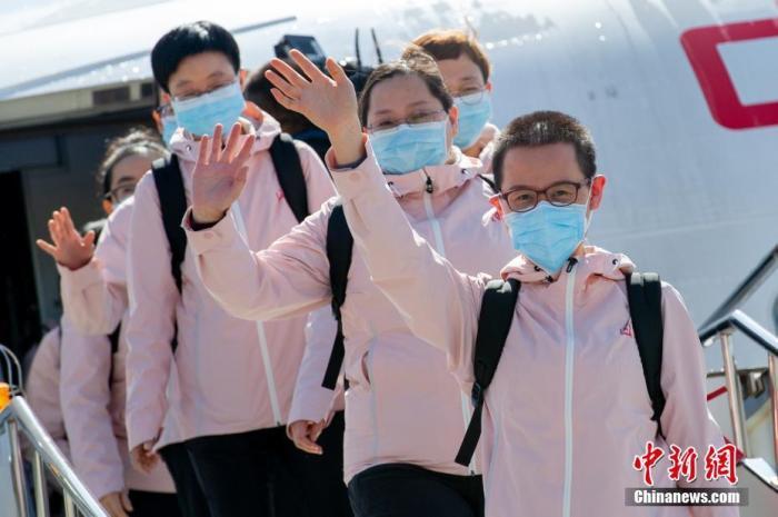 国家卫健委:停止3月20日1.2万名援鄂医务人员已撤离
