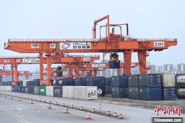 今年前4个月中国进出口总值11.62万亿元人民币 同比增长28.5%
