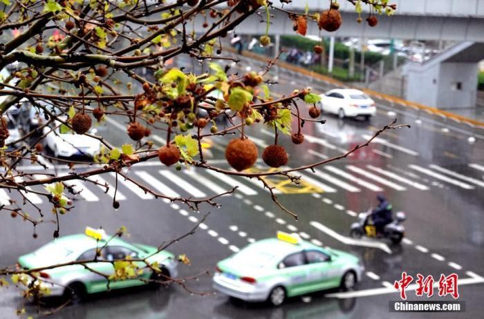 长江中下游地区仍有强降雨 华北等地多对流性天气