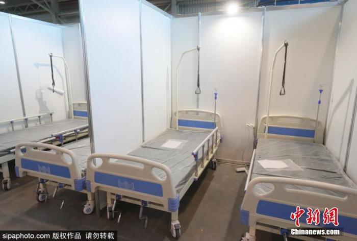 原料图:俄罗斯圣彼得堡方舱医院。图片来源:Sipaphoto 版权作品 不准转载