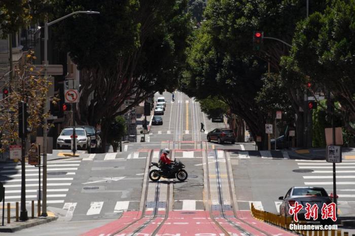 当地时间4月25日,美国旧金山街头冷冷清清。/p中新社记者 刘关关 摄